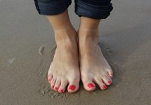 how to get rid of hard skin on feet