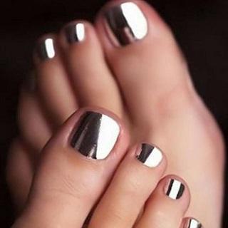 Black and white chrome