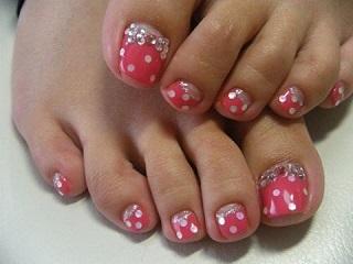 Hot pink with polka dots