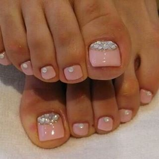 toenail designs with silver