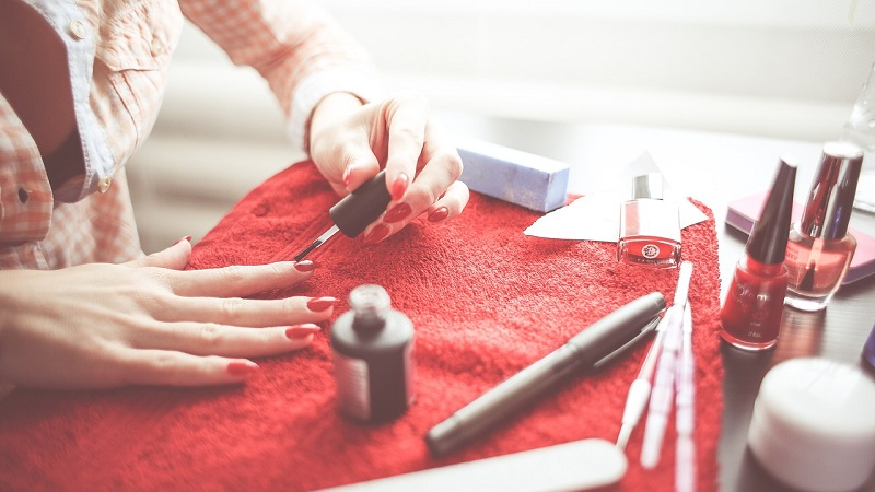 how to grow your nails in a week
